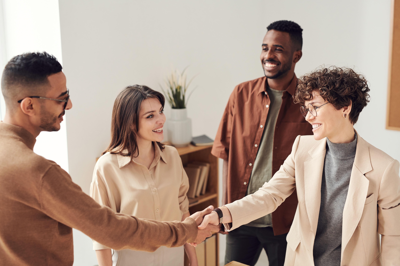 Top 5 des conseils pour accueillir et intégrer son alternant.e en entreprise ! - Interfor Formation Alternance