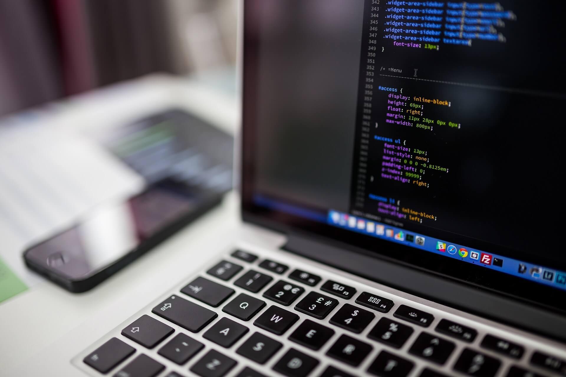 5 bonnes raisons de choisir le Bachelor Chef.fe de Projet Web et Stratégie Digitale en alternance avec Interfor - Interfor Formation Alternance